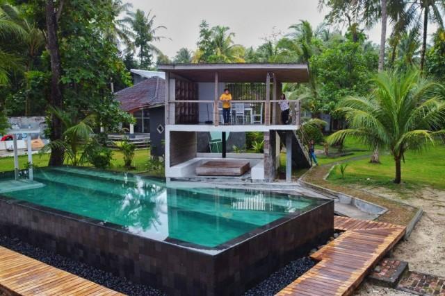 Inna's Villa Desa: Kombinasi Sempurna antara Liburan dan Keindahan Pantai Pesisir Barat
