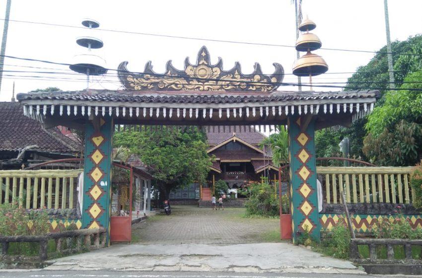 Berkunjung ke Rumah Jajar Intan, Berisi Peninggalan Salah Satu Keratuan di Lampung, Keratuan Balaw