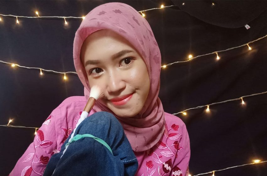 Mengenal Arih Lystia, Seorang Youtuber Disabilitas Inspiratif asal Lampung