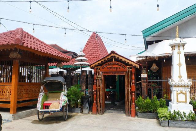 Kuliner Jogja La Rise Bandar Lampung, Menawarkan Kuliner dengan Suasana Keraton Yogyakarta