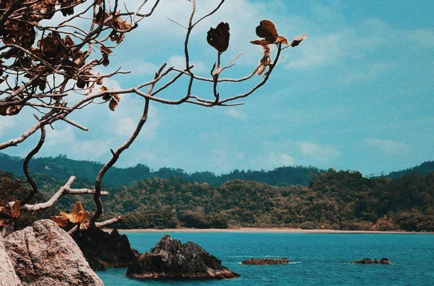 Menikmati Keindahan Pantai Karang Bebai: Surga Tersembunyi di Tanggamus