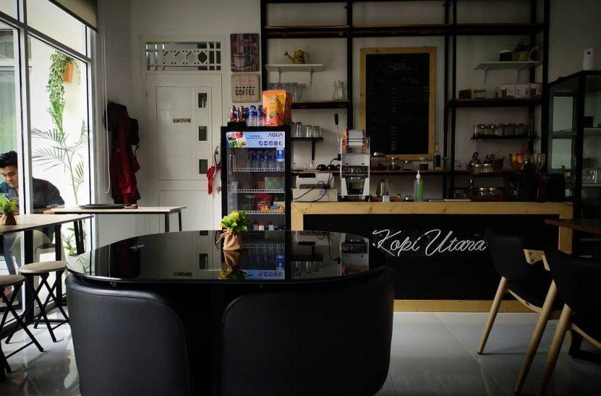 Menikmati Secangkir Kopi dengan Suasana Classical Coffee di Kopi Utara