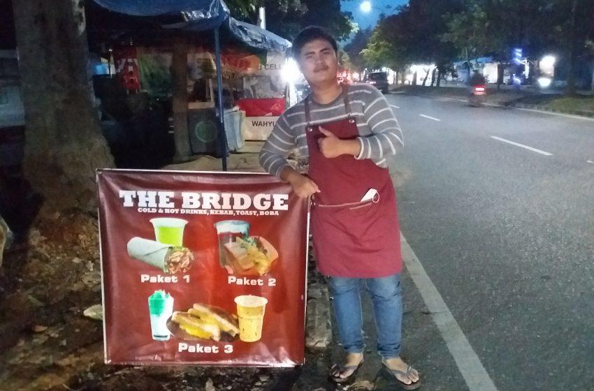 The Bridge Community Hadirkan Menu Makanan dan Minuman Berkelas dengan Harga Kaki Lima