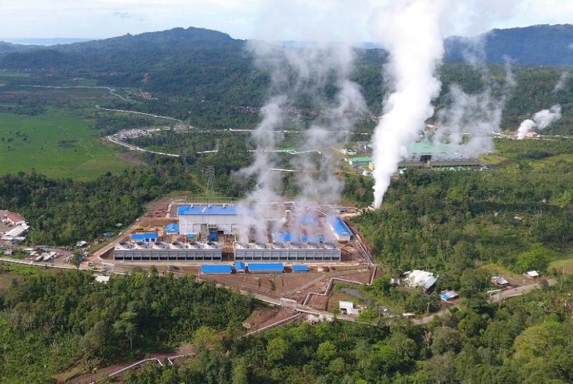 Salah Satu Pembangkit Listrik Tenaga Panas Bumi Terbesar di Indonesia Ada di Lampung