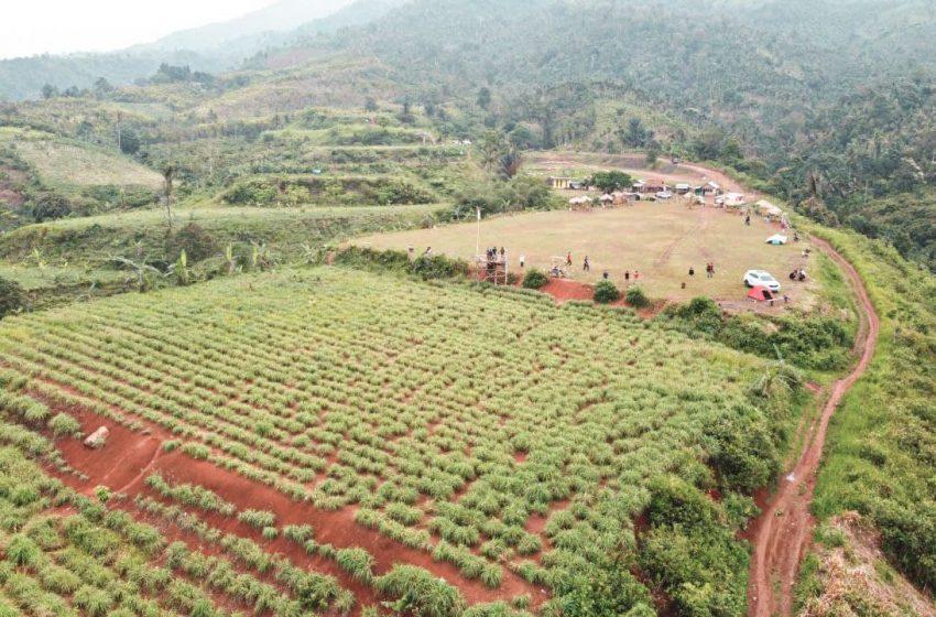 Foto: Bukit Cendana, Wisata Perkemahan dengan View Pegunungan Pesawaran