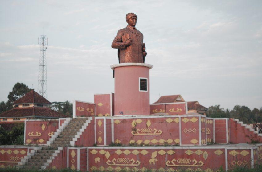 Mengenal Keunikan dan Historisitas Patung-patung di Sukadana, Lampung Timur